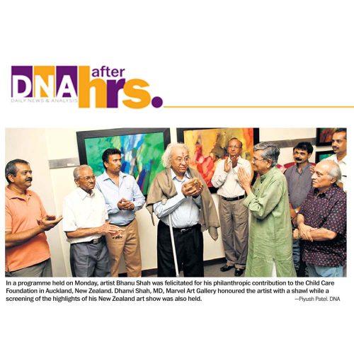 Honoured the artist Bhanu Shah with shawl